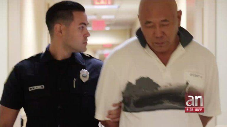 Arrestan a un repartidor de comidas de Hialeah tras amenazar de muerte a su jefe y compañeros de trabajo