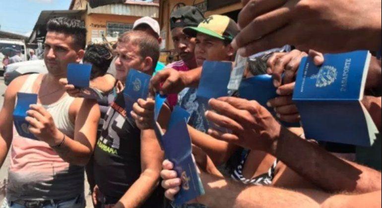 Uruguay podría eliminar requisito de visas para los cubanos