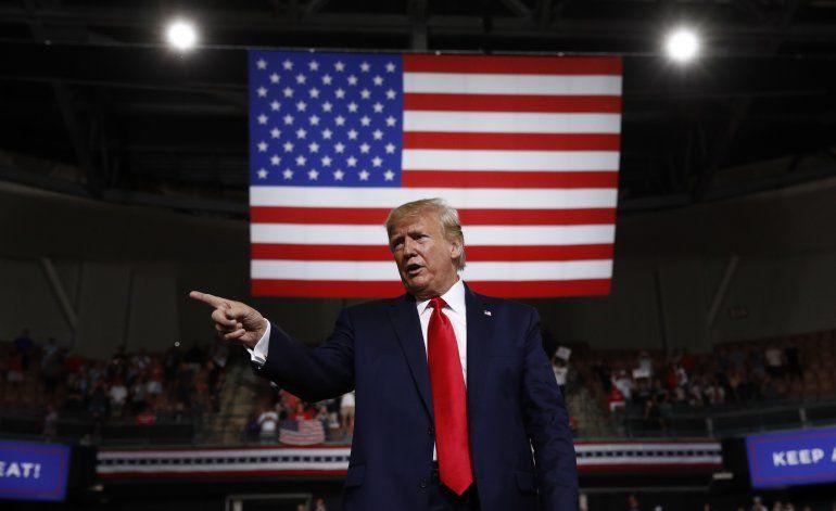 Más garrotes y menos zanahorias, la diplomacia de Trump