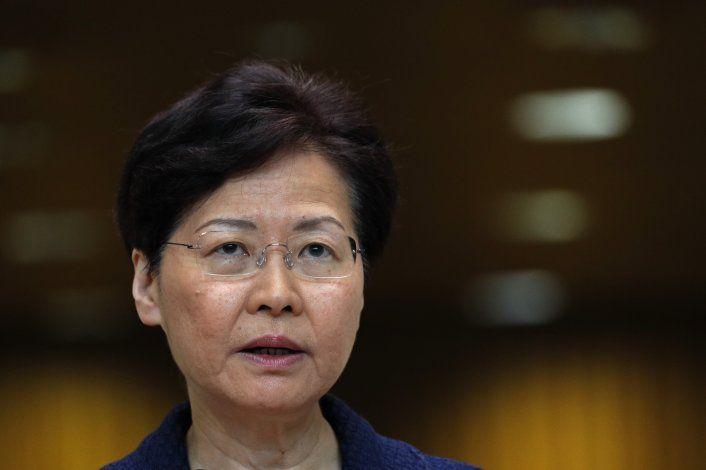Líder de Hong Kong promete diálogo para acabar con protestas