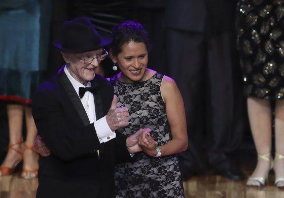 Argentina: nonagenario atrae atención en Mundial de Tango