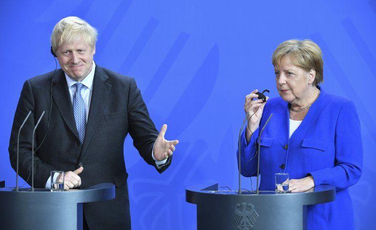 Macron a Johnson: busque una alternativa mejor a salvaguarda
