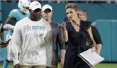 Dolphins: Flores dice que respalda protestas de jugadores