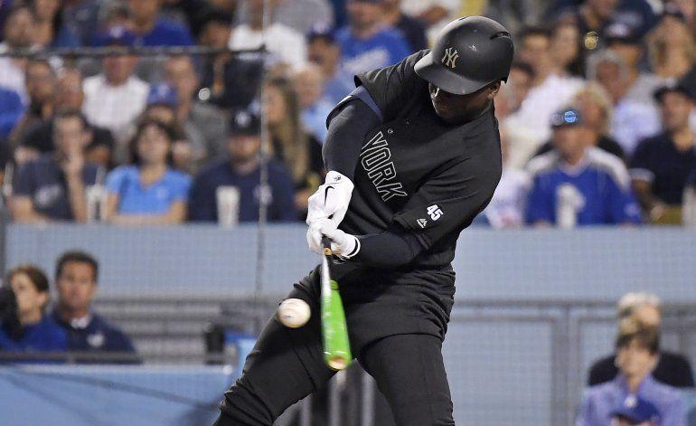 Gregorius sacude grand slam y Yanquis vence 10-2 a Dodgers