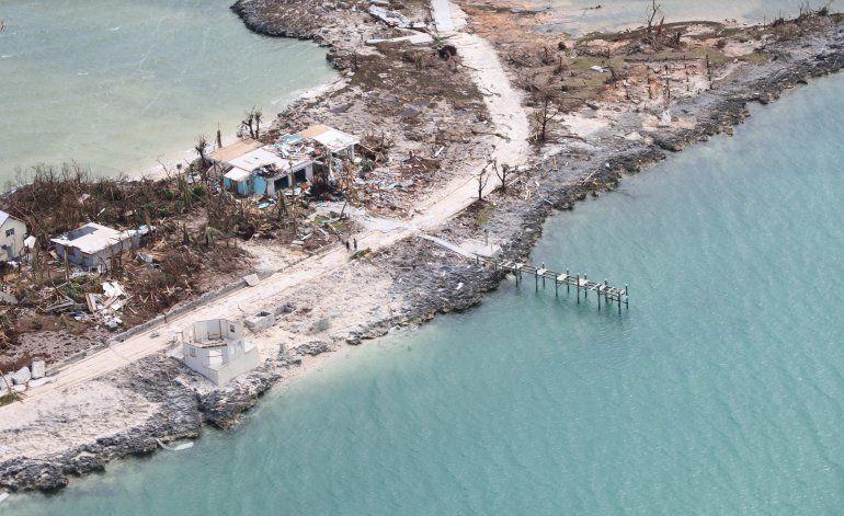 Aumenta a 30 el número de muertos en Bahamas por Dorian