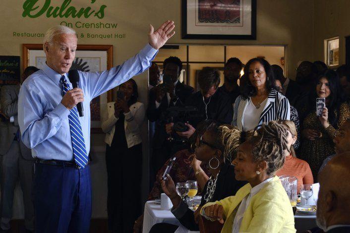 Análisis: El voto negro decidirá las primarias demócratas