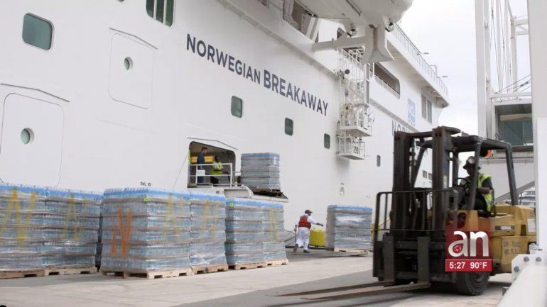 Royal Caribbean y Norwegian envían cruceros llenos de suministros a Bahamas desde Miami