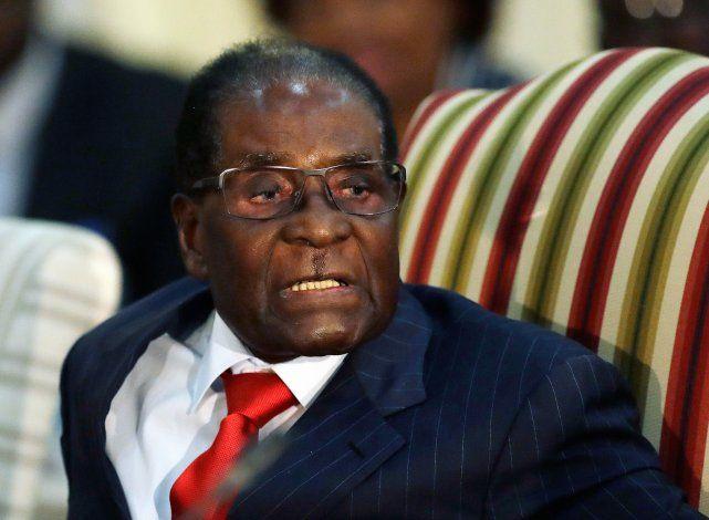 Mugabe dejó a Zimbabue desgarrada, pero muchos lo extrañaban