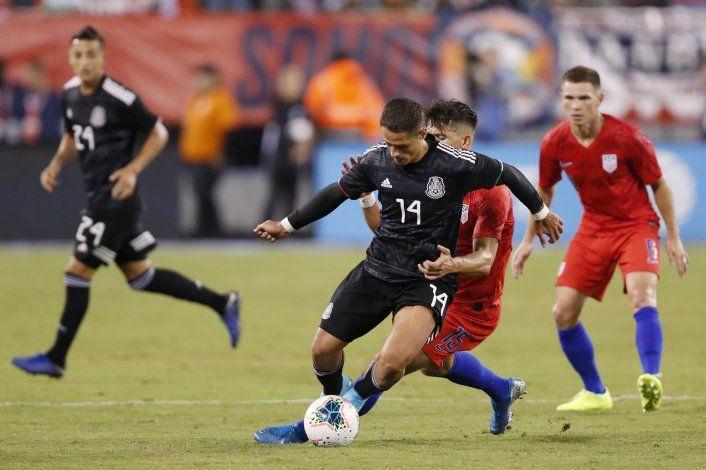 México vapulea 3-0 a EEUU en amistoso
