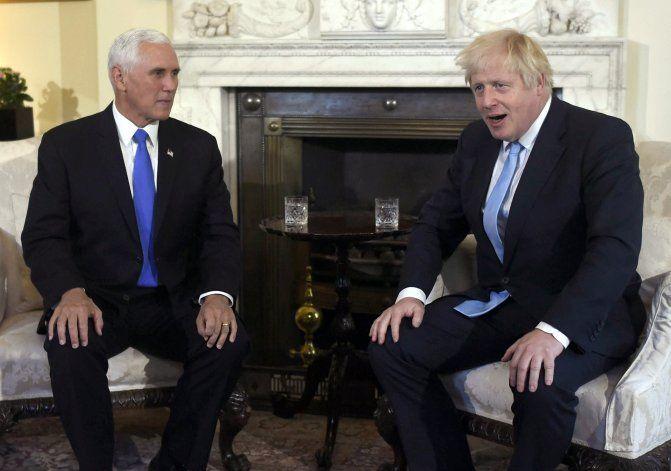Análisis AP: Acuerdo entre EEUU-GB no será fácil tras Brexit