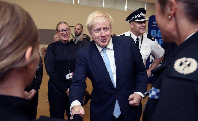 Ministra renuncia a gabinete de premier británico por Brexit