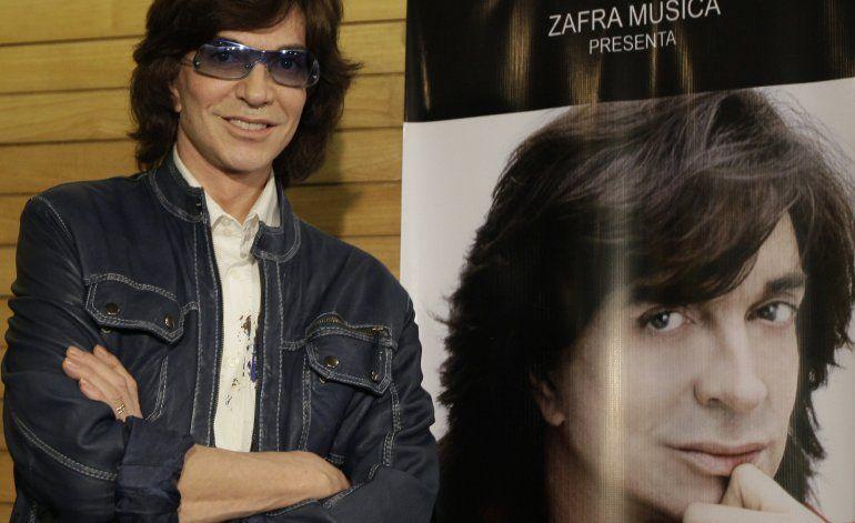 Fallece Camilo Sesto, célebre cantautor español