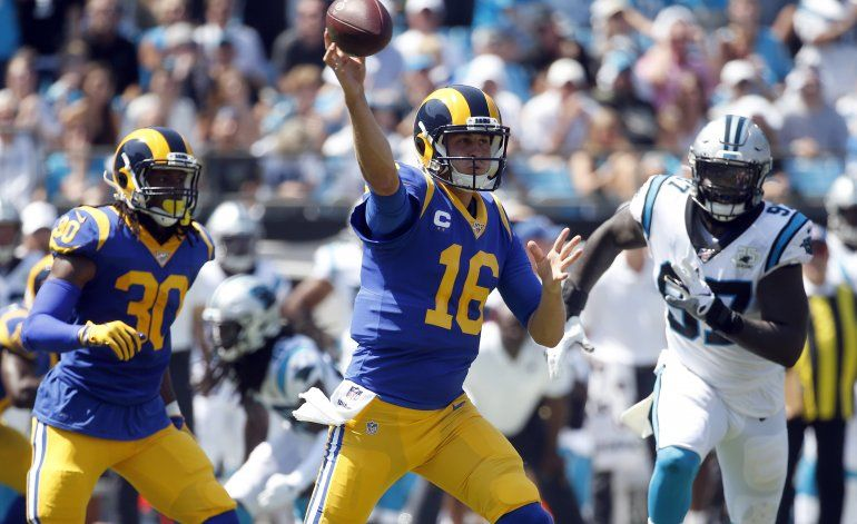 Goff y Gurley guían a Rams a triunfo sobre Panthers