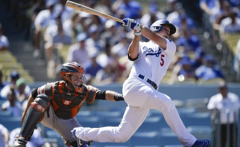Dodgers blanquean a Gigantes; se acercan a título divisional