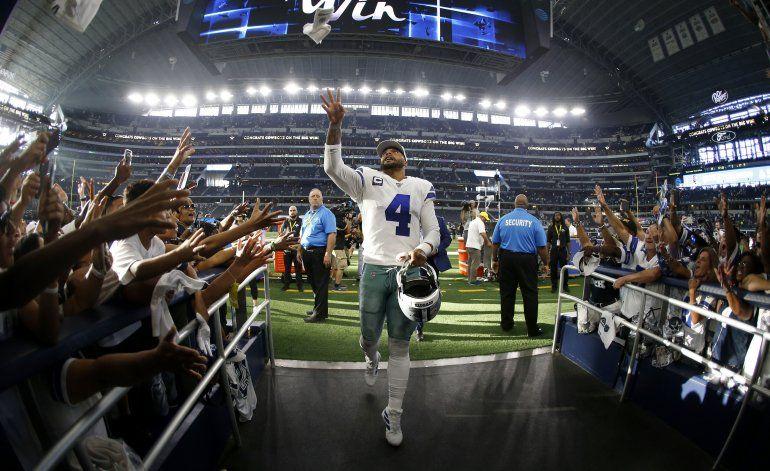 Prescott aligera carga de Elliott y Cowboys vencen a Giants