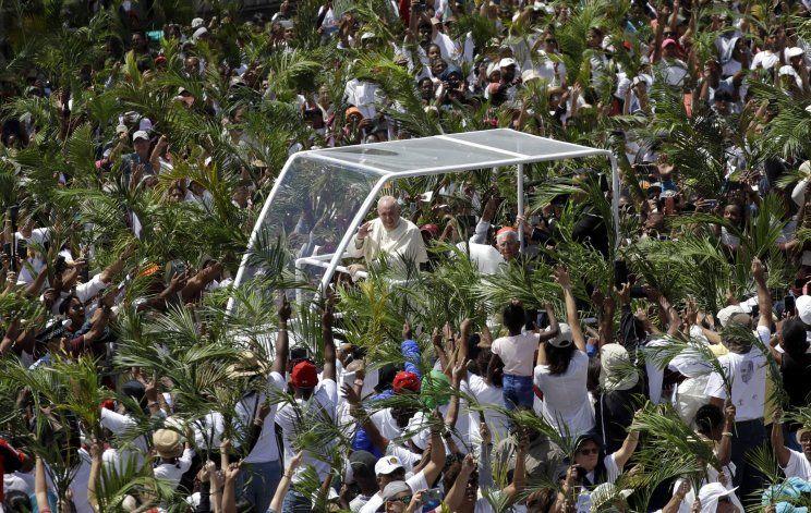 El papa celebra la diversidad de Mauricio