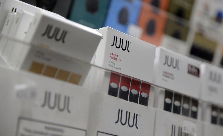 FDA advierte a Juul por afirmaciones sobre uso de vapeadores