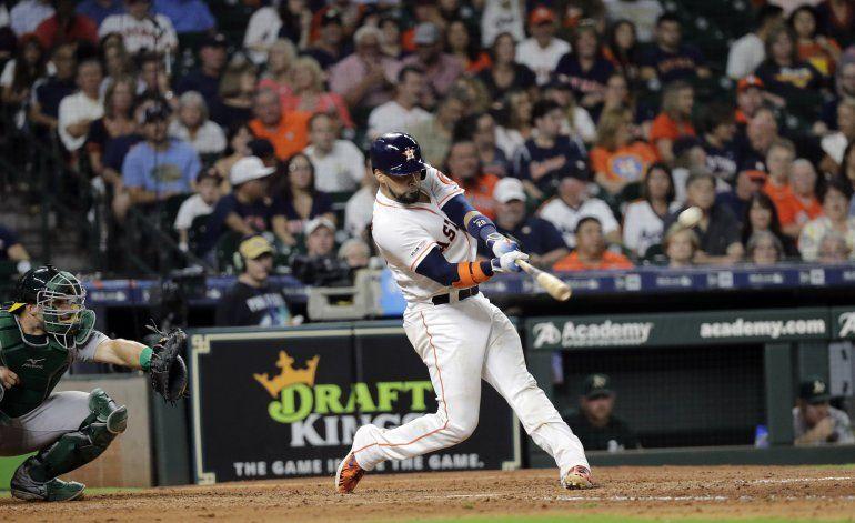 Astros apalean, con récord de 6 jonrones en 2 innings