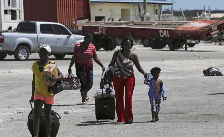 Bahamas: sobrevivientes de Dorian intentan reiniciar su vida