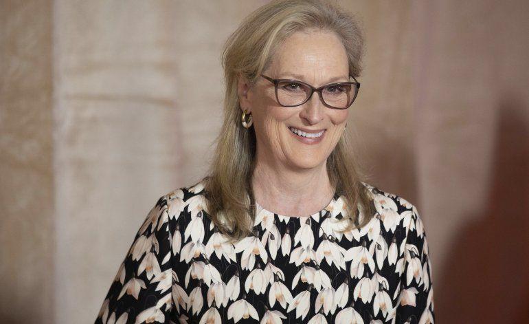 Festival de Toronto honra a Streep, Phoenix en gala benéfica