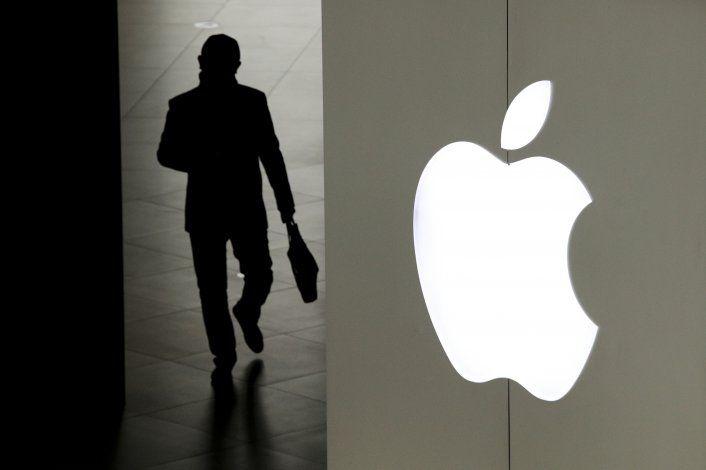 Apple lanza nuevos iPhone, parecidos a modelos recientes