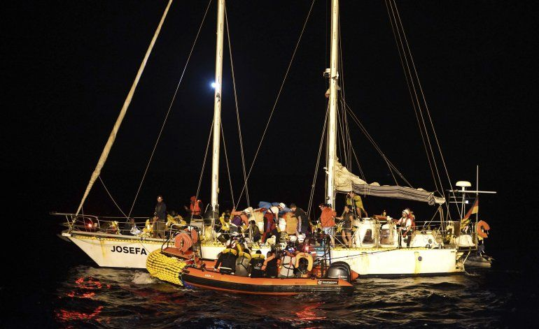 Barco humanitario rescata a 34 migrantes en el Mediterráneo