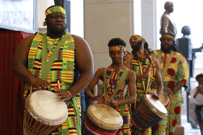 Congreso conmemora 400 años de la llegada de esclavos a EEUU