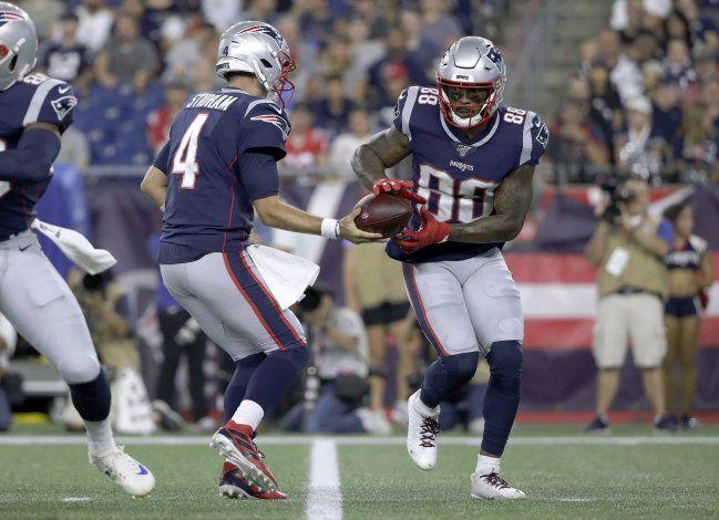 Fuente AP: Jets adquieren a wide receiver Thomas de Patriots