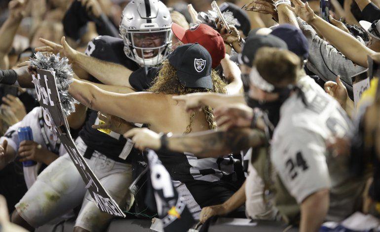 Raiders muestran a escépticos que pueden pelear sin Brown
