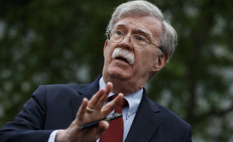 Salida de Bolton complace a gobierno socialista de Venezuela