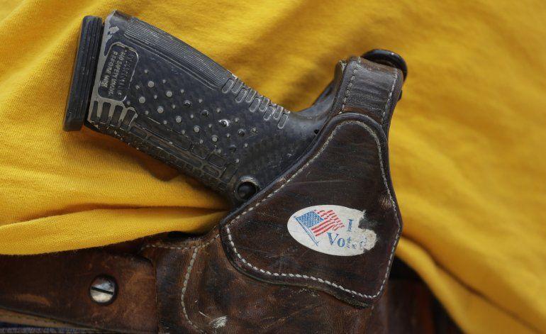 Líderes de empresas piden a Congreso que actúe sobre armas