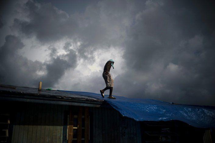 Bahameños buscan a seres queridos entre 1.300 desaparecidos