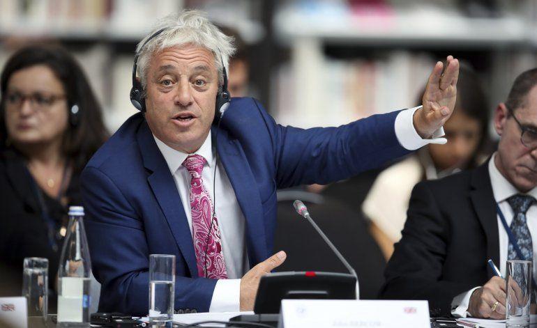 Johnson y Juncker intentan superar el impasse del Brexit
