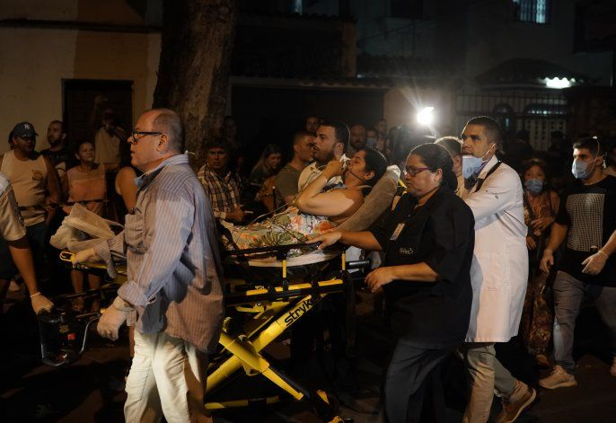 Suben a 11 los muertos por incendio de hospital en Brasil