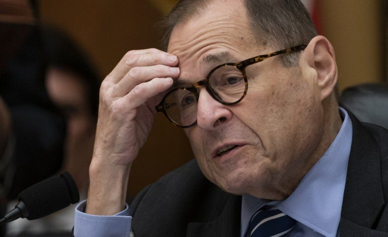 Congresistas solicitan documentos de gigantes tecnológicos
