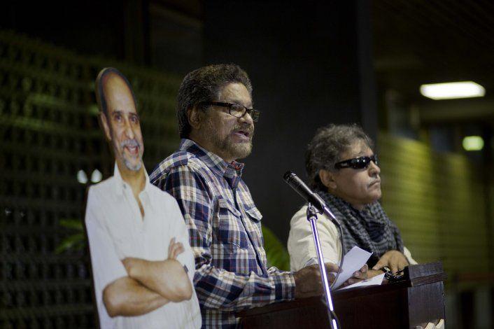 Colombia excluye a 2 líderes rebeldes del proceso de paz