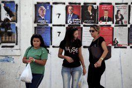 tunez elige nuevo presidente mirando a economia y seguridad