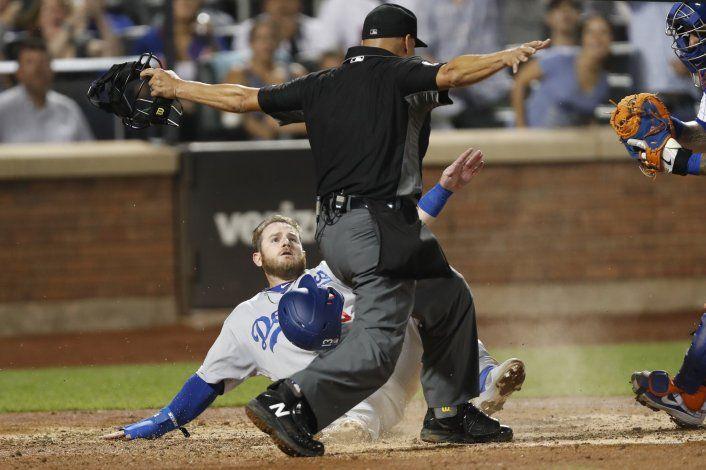 Dodgers remontan para vencer 3-2 a Mets