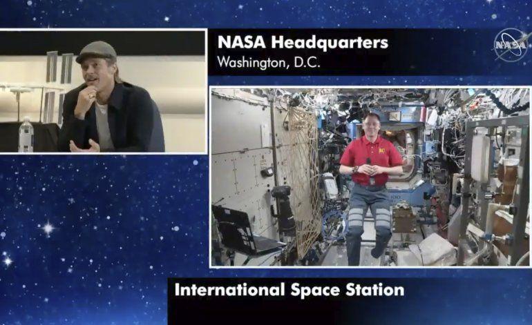 Pitt a astronauta: ¿Quién lo hizo mejor, Clooney o yo?