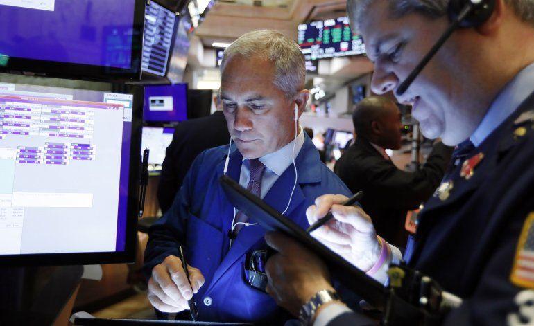 Wall Street termina una sesión deslucida con pocas ganancias