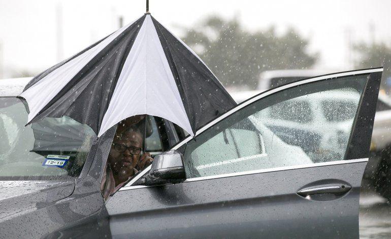 Tormenta tropical Imelda amenaza con inundaciones a Houston