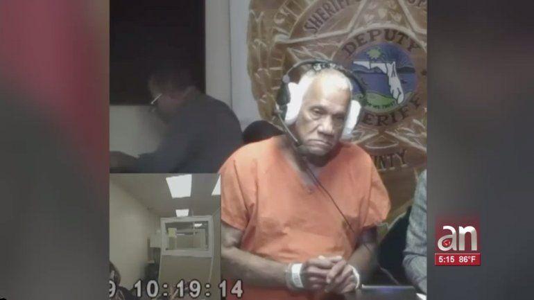 En corte hombre acusado de masturbarse frente a una escuela de Miami
