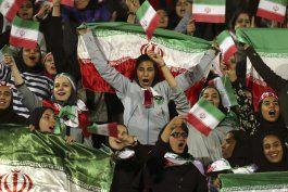 fifa reitera a iran que permita acceso de mujeres a estadios