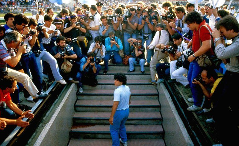 Reseña: Cautivador documental de años de Maradona en Nápoles