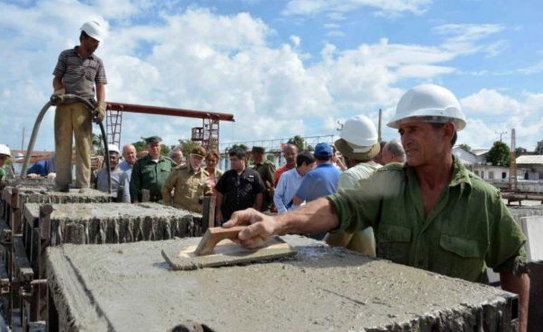Cubanos desempleados por la nueva crisis energética serán enviados a trabajar a la agricultura y construcción