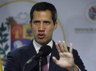 venezuela: arrestan a criminal que sale en foto con guaido
