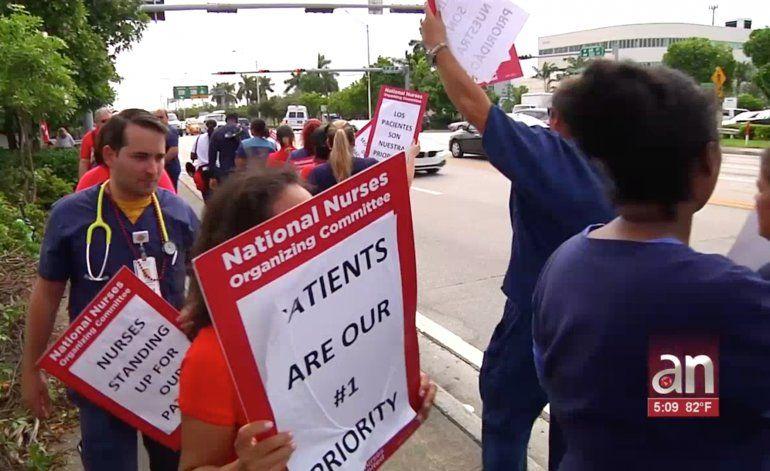 Enfermeros de Miami se lanzan a huelga por mejores condiciones laborales