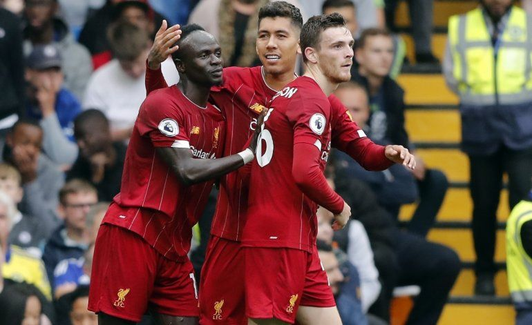 Liverpool vence a Chelsea y amplía ventaja en la cima