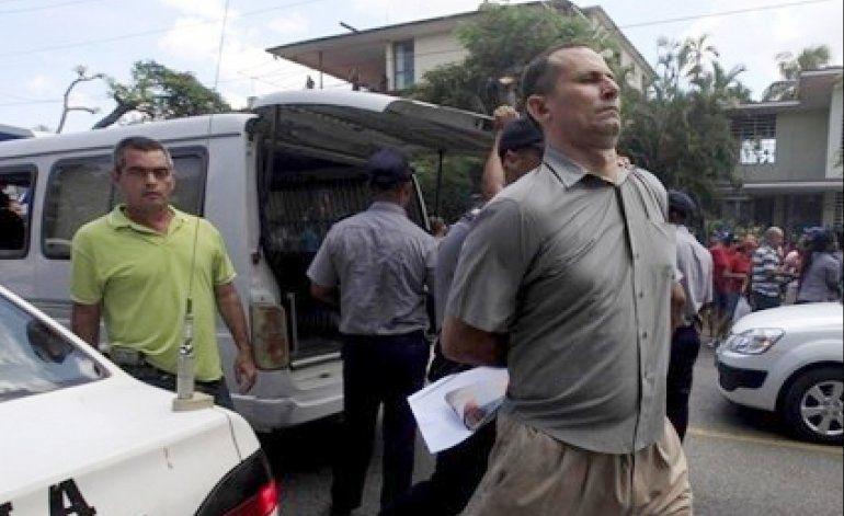 Varios detenidos en operativo policial en sede de UNPACU