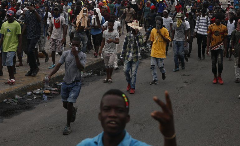 Haití: Se estanca el pulso entre presidente y manifestantes